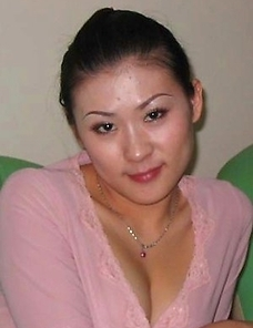 Nice collection of various sexy Oriental amateur hotties