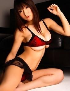Mizuki Horii in sexy lingerie has some really huge boobs