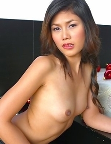 See Izabelle Manabe as she sports a sexy jean outfit that gives an amazing view of her hot body. Izabelle turns around and she gets on all fours