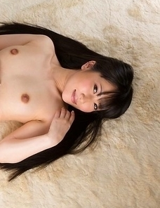 Pantyhose-clad beauty Minami Sakaida gets her thighs, pantyhose and feet fucked on cam