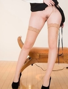 Aya Kisaki teasing you by showing off that beautiful ass up close on the floor