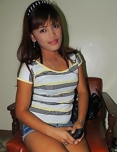 Horny young Asian babe Maricel